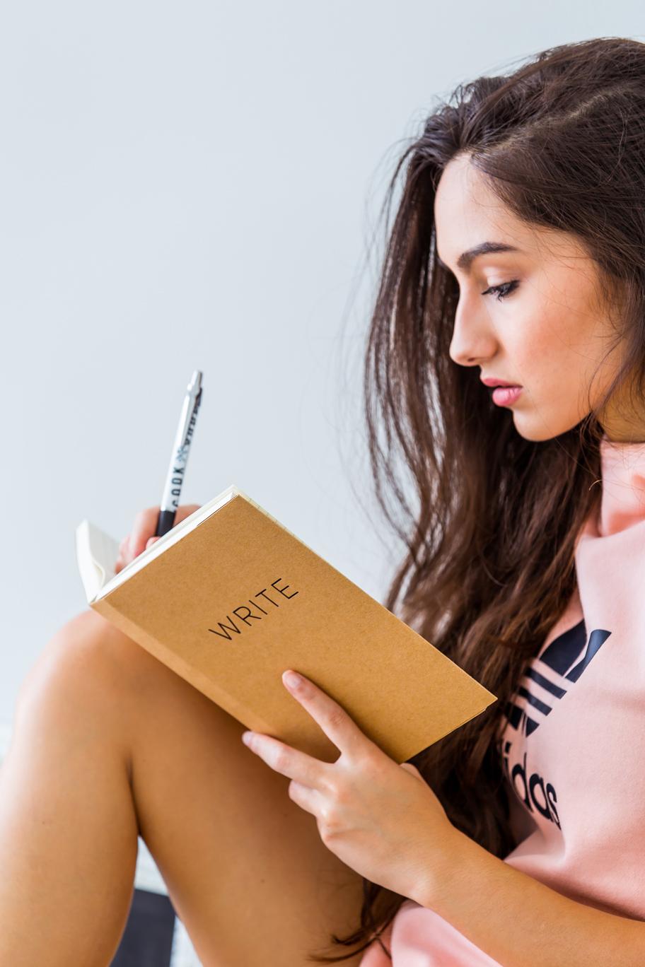 Write-notebook---03