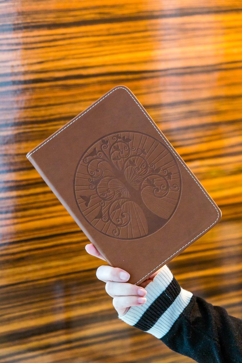 Brown-tree-notebook---03